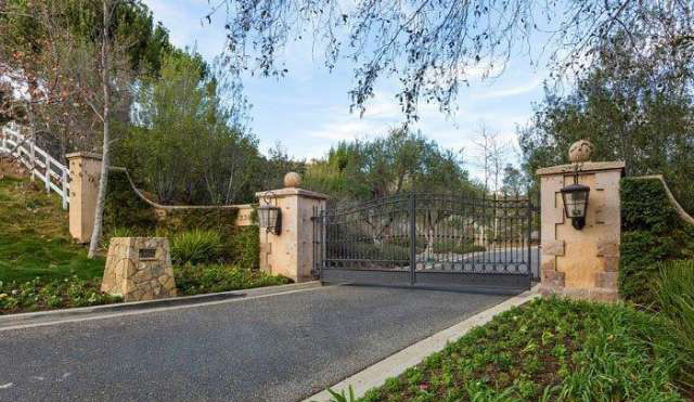 Inside Britney Spears New Mansion Ivan Estrada Properties